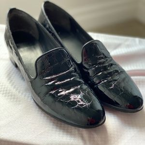 Stuart Wietzman Croc Embossed Loafers